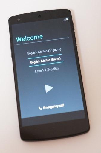 Nexus5Unboxing_37_sh