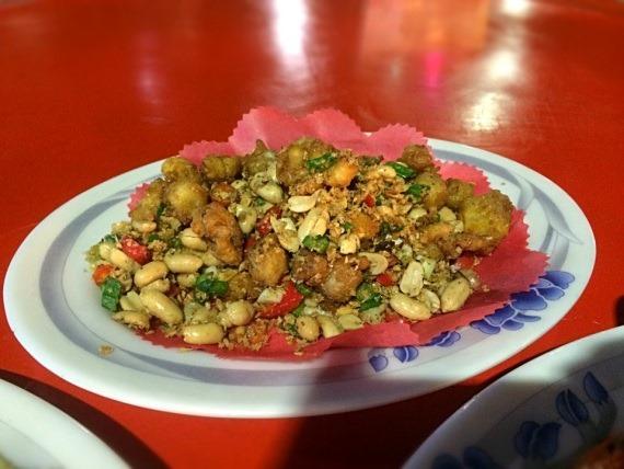 台湾旅行で一番美味しかった鹽酥龍珠の写真