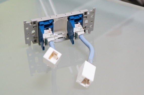 how_to_connect_super_flat_lan_cable_to_guttosu_23_sh