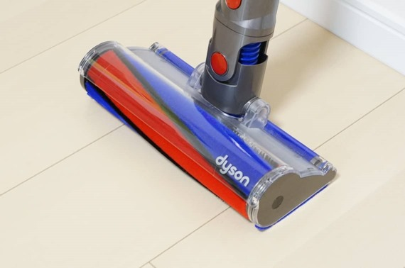 washing_dyson_v8_soft_cleaner_head_2_sh